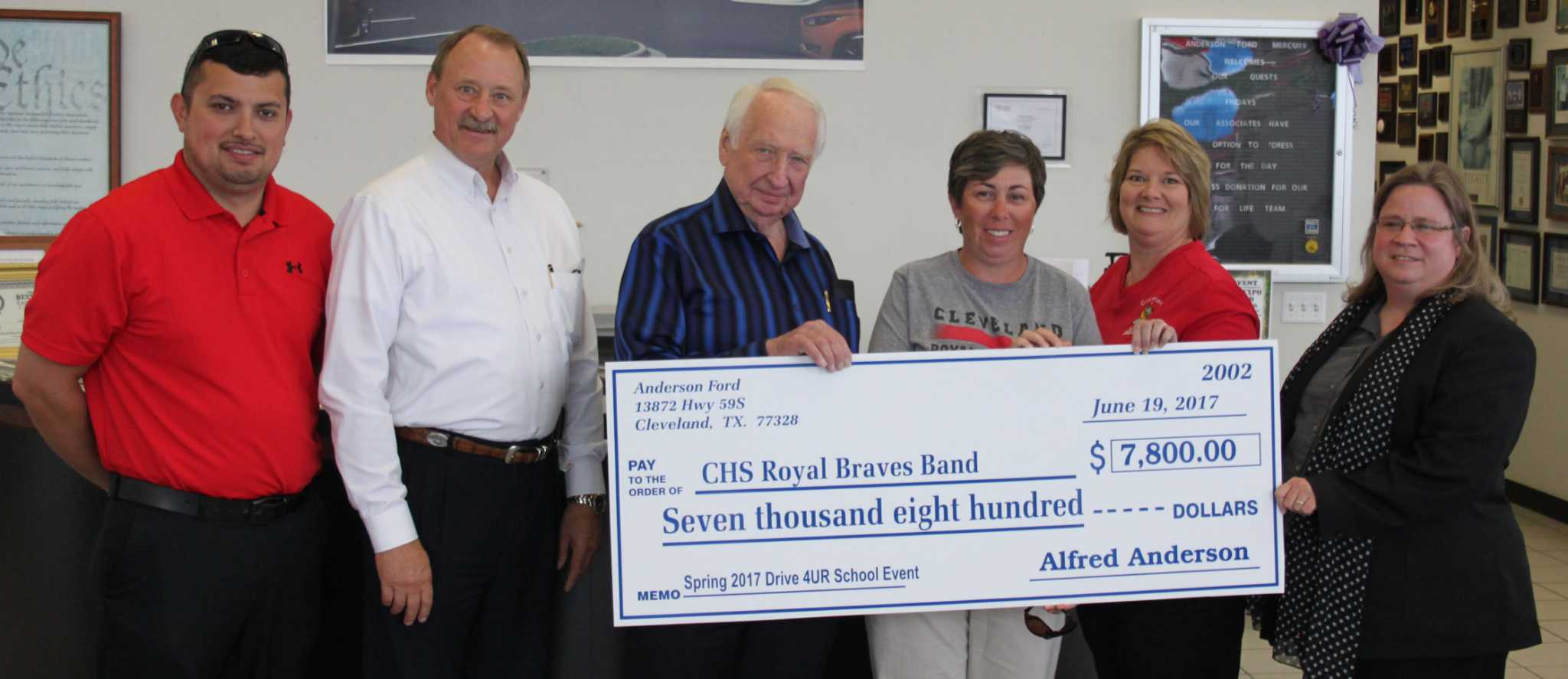 Anderson Ford Cleveland Tx >> Anderson Ford Donates 7 800 To Cleveland Band Booster Club
