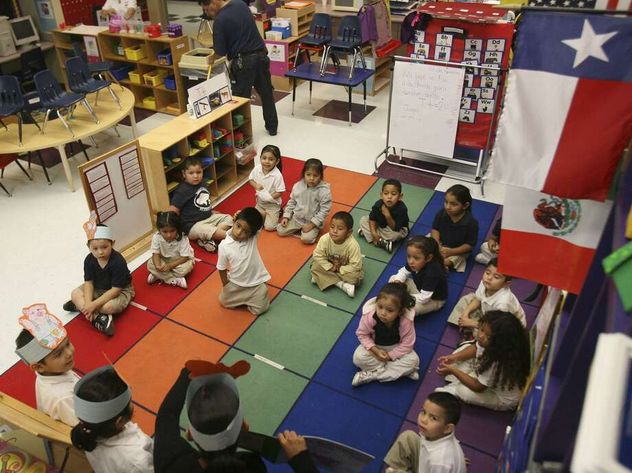 """In places where military installations don't provide pre-K or day care services, helping military families get into such programs will aid the """"warriors"""" who stay at home. Public-private partnerships are especially effective. Photo: Express-News File Photo / delopez@express-news.net"""