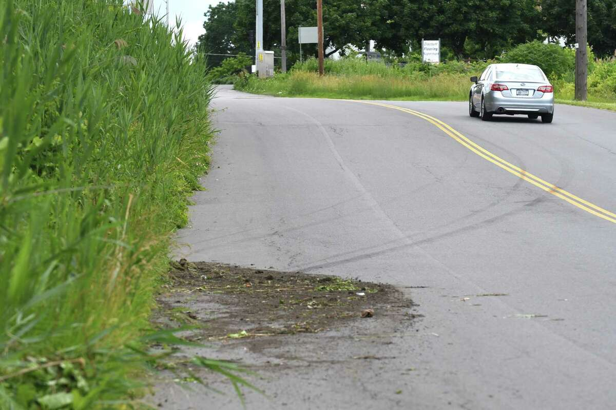 This is a file photo of a stretch of Watervliet Avenue Extension (Will Waldron/Times Union)