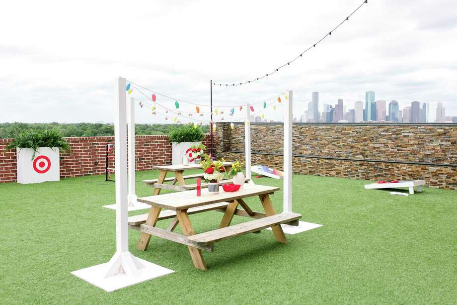 Lifestyle guru Camille Styles offers summer entertaining tips in collaboration with Target. Photo: Kristen Kilpatrick / © Kristen Kilpatrick Photography