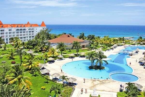 Travelzoo Dominican Republic Cancun Mexico