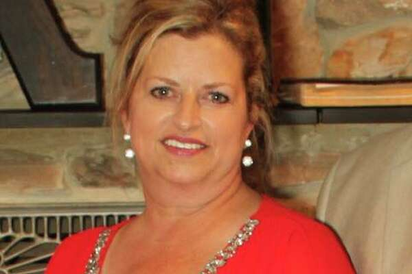 "Diane Emmert Reaves, the wife of Pct. 3 Commissioner James ""Boo"" Reaves, died Monday afternoon following heart surgery."