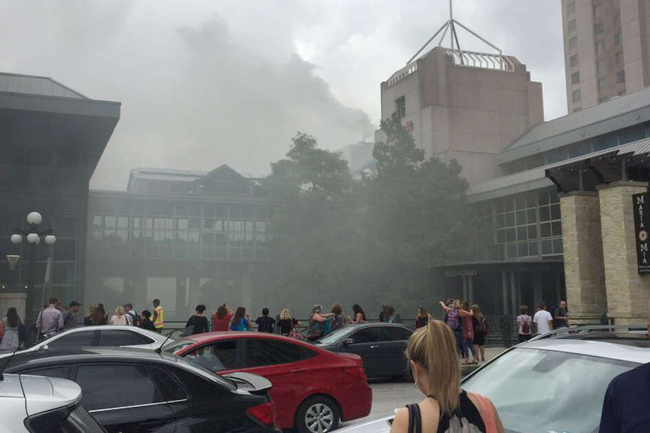 @rresidori: Either the Marriott or something behind it is on fire. Be safe people #iste17