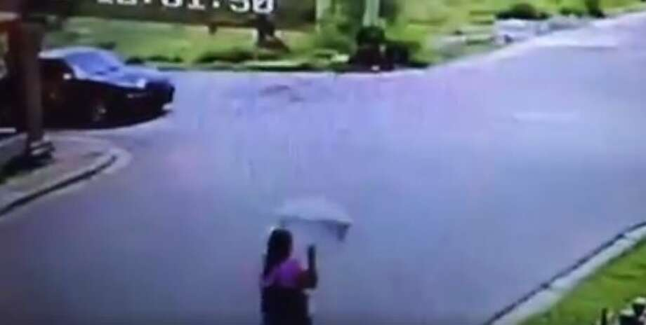 The 27-second video, showcased by El Mañana and the blog Frontera Al Rojo Vivo, shows a woman walking about two blocks away from the construction site of the soon-to-be U.S. Consulate offices in Colonia Madero, a subdivision in the Sister City. Photo: Facebook