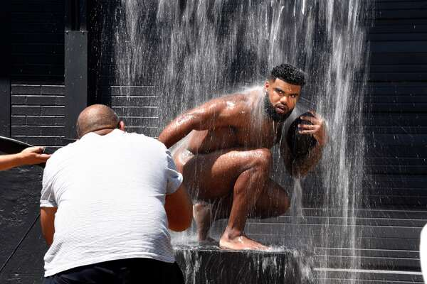 Ezekiel Elliott is photographed by Kwaku Alston for the 2017 ESPN Body issue at STUDIOS 1019 in Dallas, Texas on Wednesday, May 17, 2017.  Photo by Eric Lutzens for ESPN