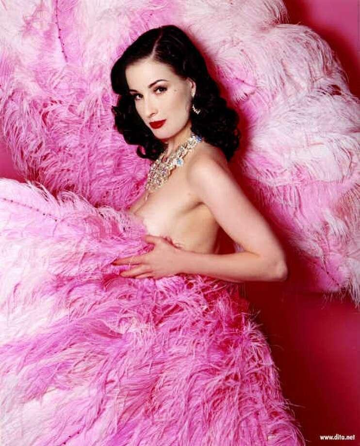 burlesque dancer Dita Von Teese