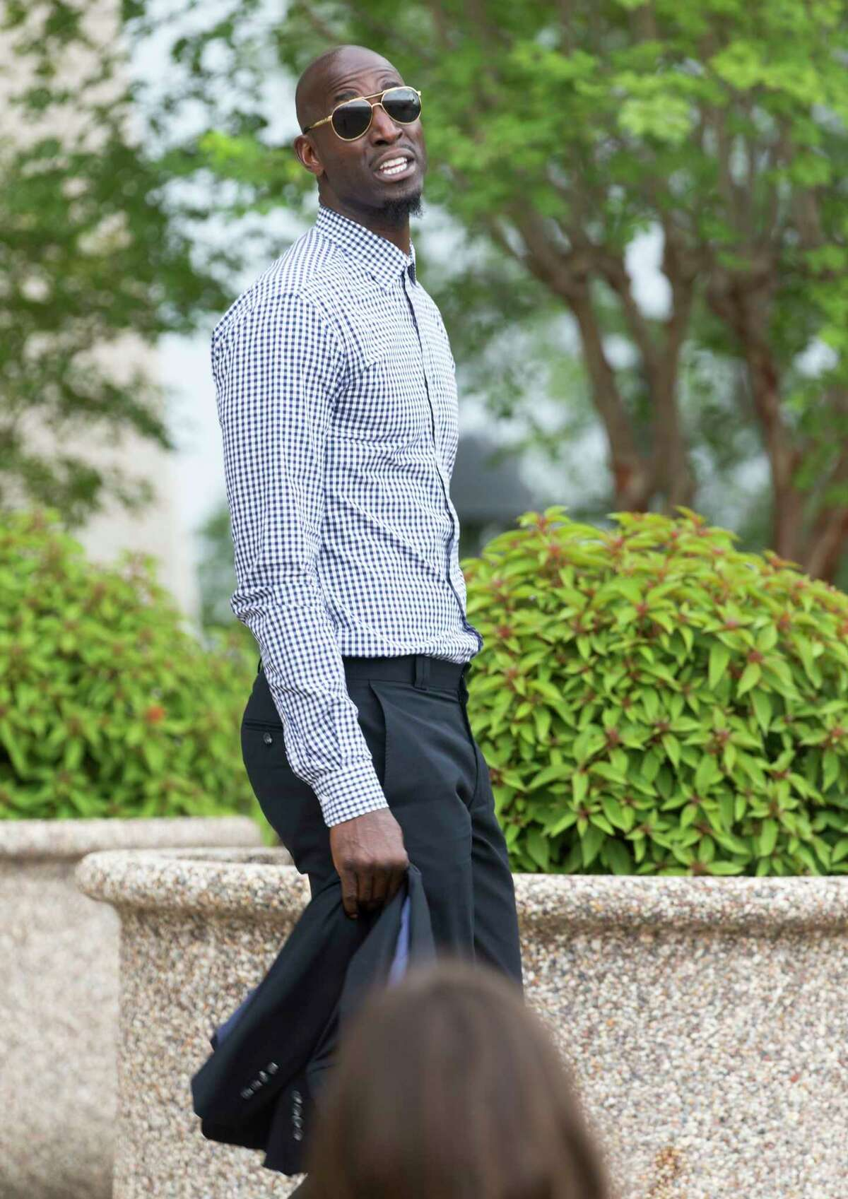 Former NBA star Kevin Garnett leaves the federal courthouse in San Antonio Tuesday, June 27, 2017 after attending a sentencing hearing in Tim Duncan's legal case against Duncan's former financial adviser Charles Banks.