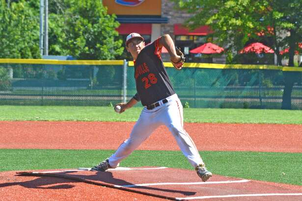 Edwardsville's Chase Gockel delivers a pitch during the first inning of Tuesday's game at O'Fallon.