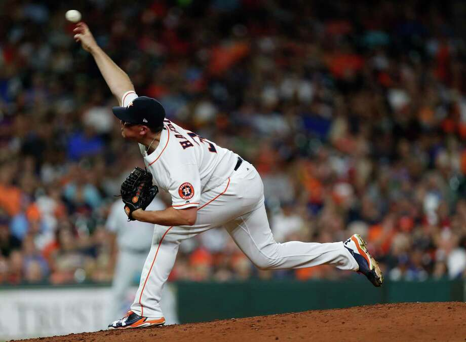Houston Astros relief pitcher Will Harris (36) pitches during the sixth inning of an MLB game at Minute Maid Park, Tuesday June, 13, 2017.   ( Karen Warren / Houston Chronicle ) Photo: Karen Warren, Staff Photographer / 2017 Houston Chronicle