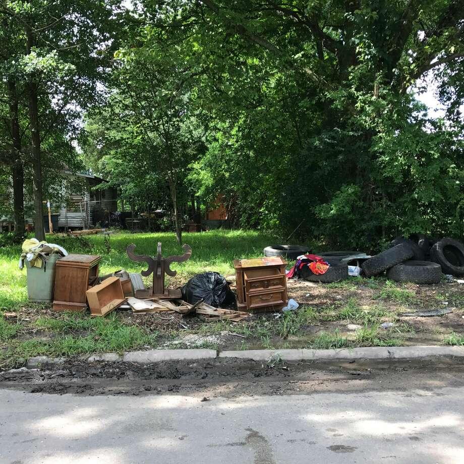 Illegally dumped trash in Fifth Ward. Photo: Ann Samuels