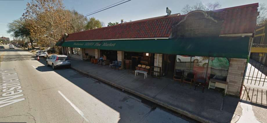 The Westheimer Flea Market is housed in a 1929 building originally constructed as a laundromat. New plans call for preservation of the storefront and original building but demolition of a larger structure tacked on behind.  Photo: Davis Commercial