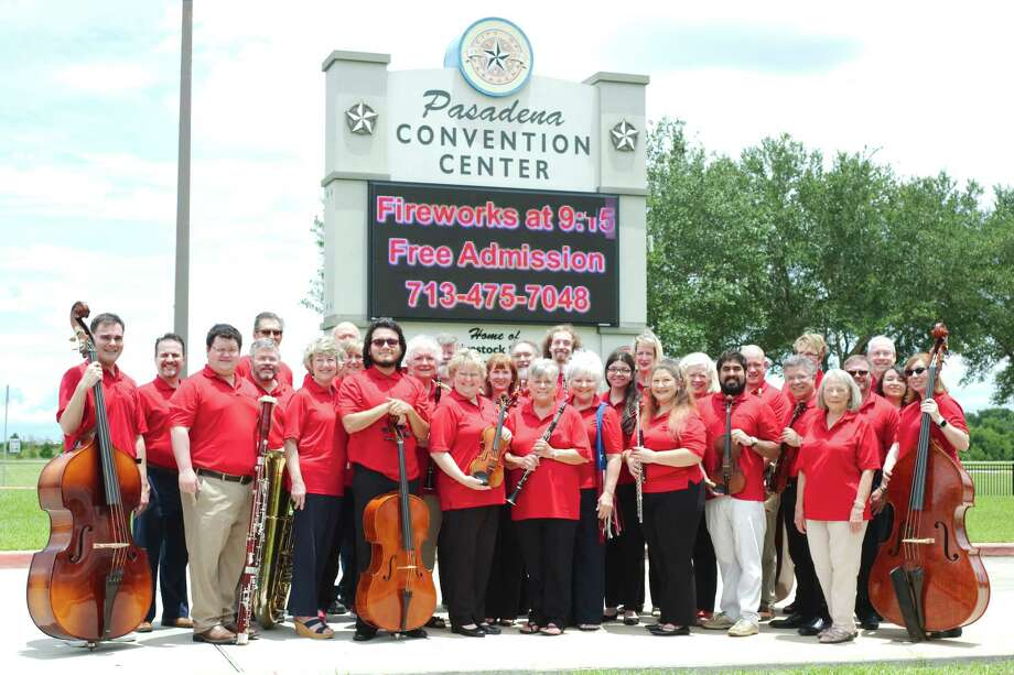 Members of the Pasadena Philharmonic Orchestra are ready to perform at their city's July Fourth celebration. The group also will perform at the swearing in ceremony for the mayor and City Council on July 6. Photo: Kirk Sides / © 2017 Kirk Sides / Houston Chronicle