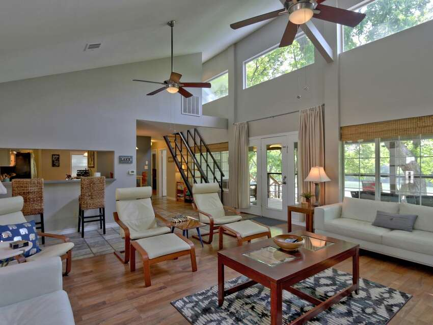 1. Zen on the Bend in SeguinThis 4 bedroom home sits on the Guadalupe River/Lake Placid.  Average rate: $300/night