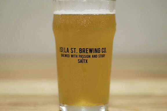 """Islla St. Brewing Co.'s """"Islla de Almas"""" cactus honey ale."""