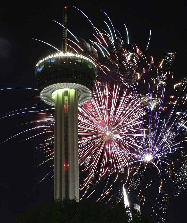 The San Antonio Fire Department is opening its fireworks hotline to respond to any reports of illegal fireworks use in city limits. Photo: Bob Owen /San Antonio Express-News / ©2013 San Antonio Express-News