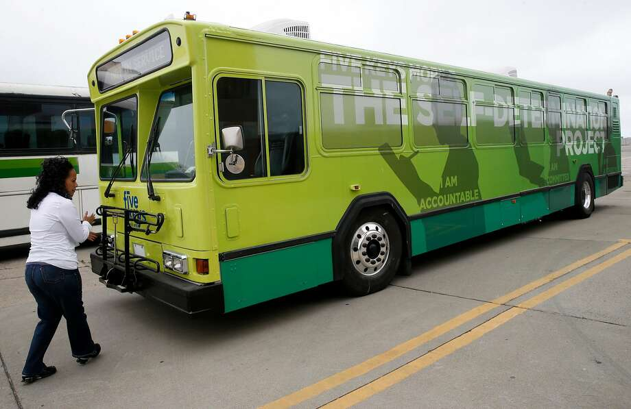 A retired Muni bus was converted into a rolling school operated by the Five Keys program to serve adults in disadvantaged San Francisco neighborhoods. Photo: Paul Chinn, The Chronicle