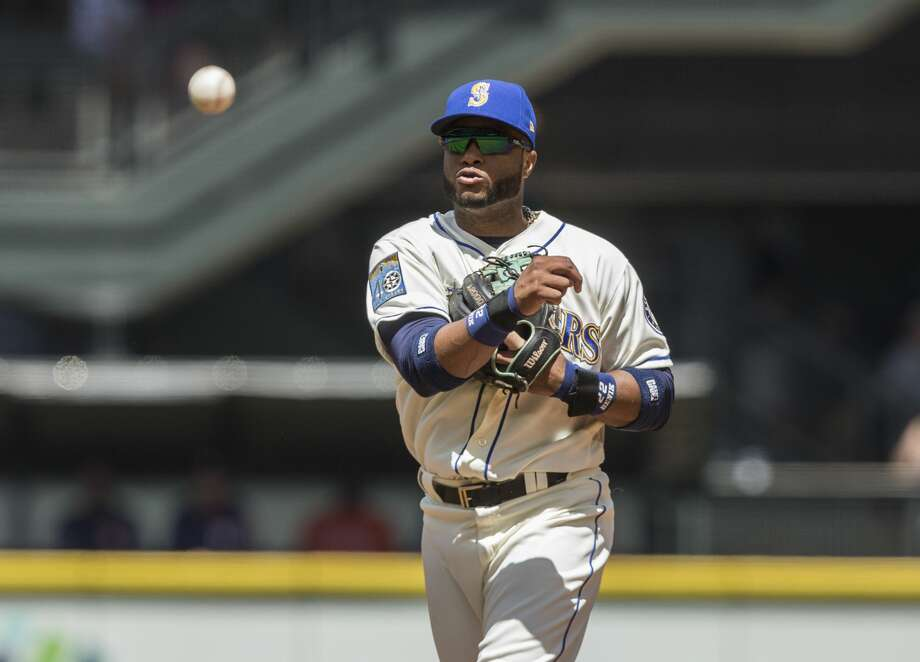2B Robinson CanoGrade: A2017 stats: 72 games, .284 average, 60 RBIs, 17 home runs, 26 walks, 35 strikeoutsThe 34-year-old has been steady as ever while walloping 17 home runs, the most among major league second basemen. Photo: Stephen Brashear/Getty Images