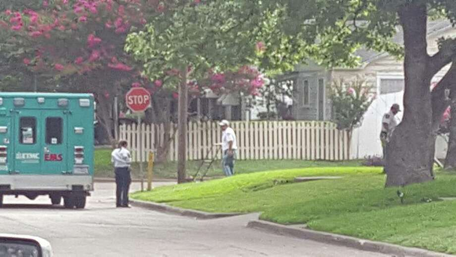 Texas Paramedics Spot 98 Year Old Woman Mowing Lawn Stop To Finish