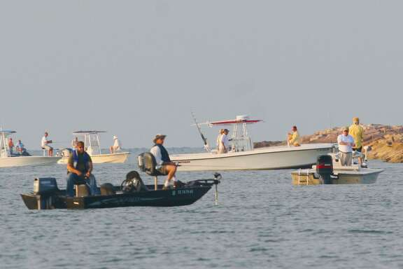The week bracketing July Fourth typically sees the largest number of boats, boating law enforcement and boating-related accidents on Texas waters of any week of the year, elevating the importance of safe boating practices and adherence to boating laws.