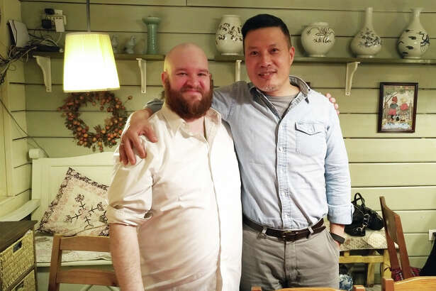 In March, SIUE alumnus David Holloway reunited with Jason Yu, PhD, associate professor in the Department of Mass Communications, in Beijing.