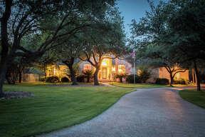 Sponsored by Suzanne Kuntz of Keller Williams San Antonio     VIEW DETAILS for 20458 Wahl Lane, Garden Ridge, TX 78266    MLS: 1251333    CLICK HERE for Virtual Tour