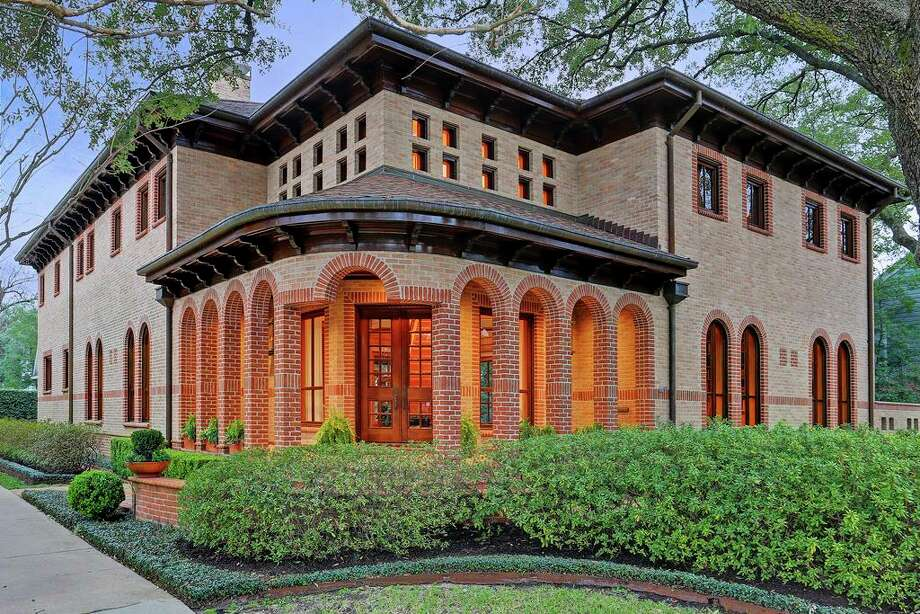 West University/Southside Average sales price (June 2015-May 2016): $1,273,525Average sales price (June 2016-May 2017): $1,316,946Percent change: 3.4 Photo: Houston Association Of Realtors