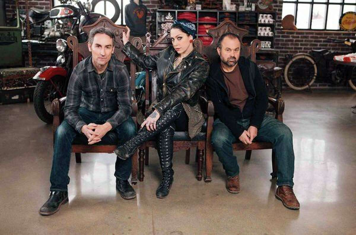 Mike Wolfe, Frank Fritz and their team are returning to Connecticut with plans to film episodes of the hit series American Pickers for its upcoming season.