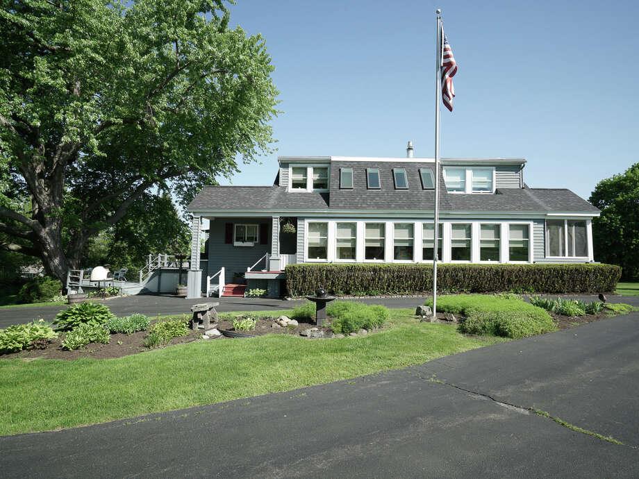 House of the Week: 509 Grange Rd., Brunswick | Realtor:  Deborah Symanski of RealtyUSA | Discuss: Talk about this house Photo: Production House Studios/Robert A. Kristel