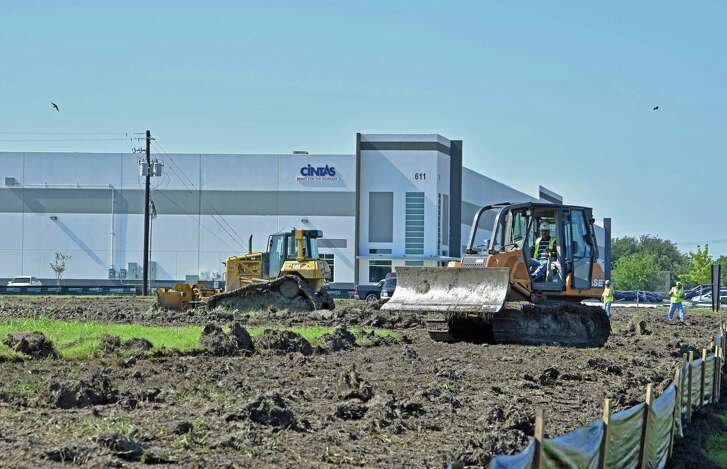 Clay Development & Construction has begun construction on Energy Commerce Business Park Phase II in Pasadena.