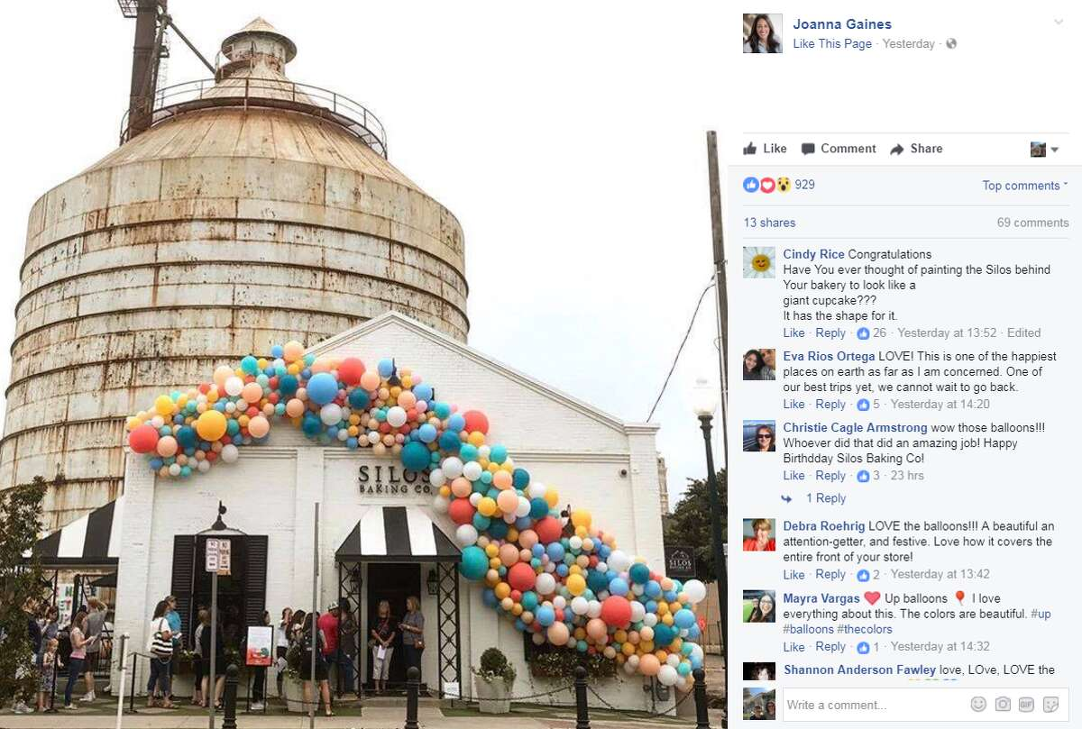 """""""Fixer Upper"""" stars Chip and Joanna Gaines recently celebrated their bakery's one-year anniversary in Waco, Texas. Source: Joanna Gaines Click through to see Houston's favorite cupcakes."""
