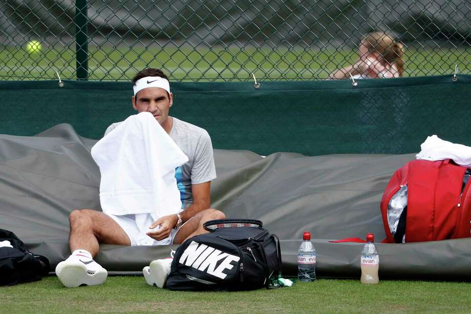 Roger Federer of Switzerland  attends  training session at the All England Lawn Tennis Championships in Wimbledon, London, Saturday, July 1, 2017.  (Peter Klaunzer/Keystone via AP) Photo: Peter Klaunzer, SUB / © KEYSTONE / PETER KLAUNZER