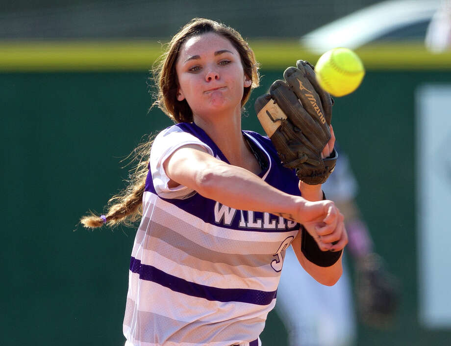 FILE -- Willis shortstop McKenzie Parker had three hits and three RBIs for the Ladykats on Tuesday against Tomball Memorial in District 20-5A play. Photo: Jason Fochtman, Staff Photographer / © 2017 Houston Chronicle