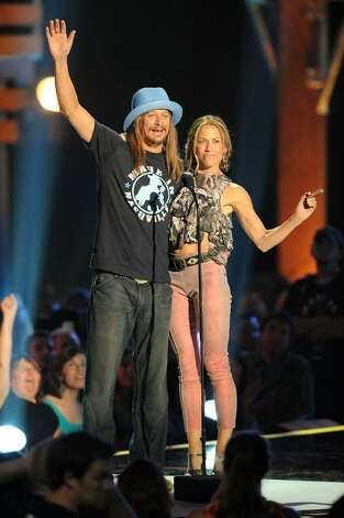NASHVILLE, TN - JUNE 09:  Musicians Kid Rock and Carrie Underwood onstage at the 2010 CMT Music Awards at the Bridgestone Arena on June 9, 2010 in Nashville, Tennessee.  (Photo by Jason Merritt/Getty Images) *** Local Caption *** Kid Rock;Carrie Underwood Photo: Jason Merritt, Getty Images / 2010 Getty Images