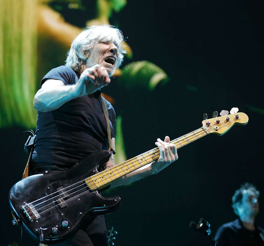 Roger Waters performs during his multimedia Us + Them Tour at the AT&T Center. Photo: Edward A. Ornelas / San Antonio Express-News / © 2017 San Antonio Express-News