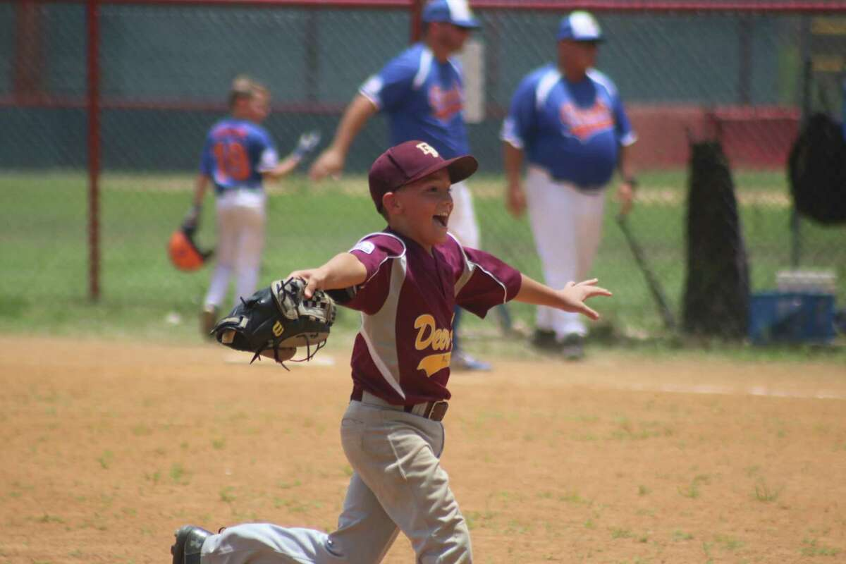Kylar Ferris - Best Play by a Second Baseman Award