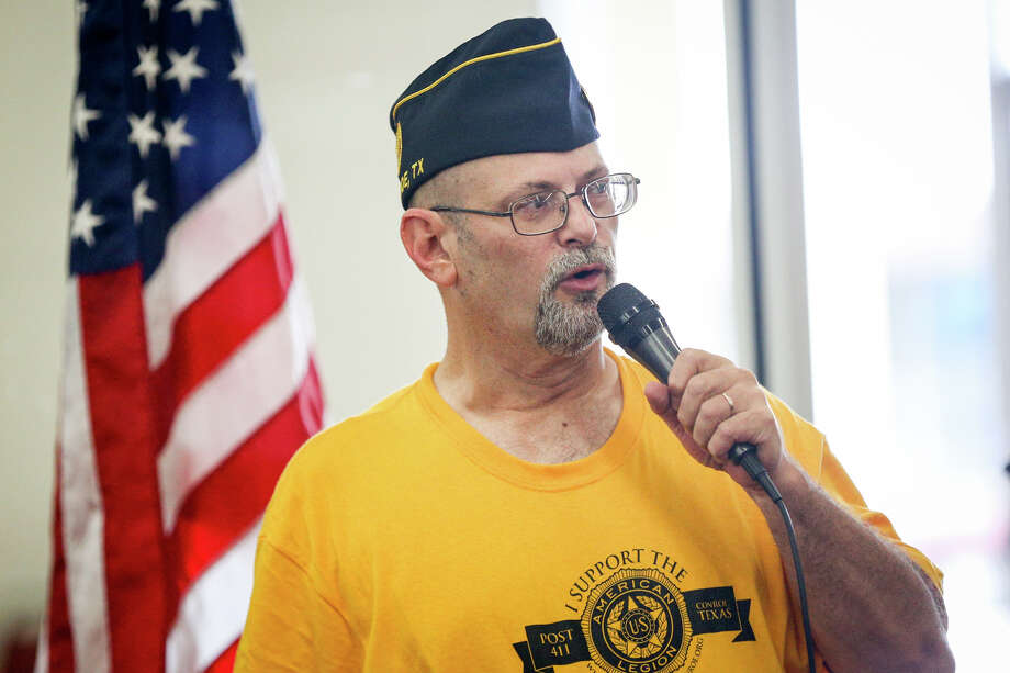 Post Commander Doug Burrell speaks during American Legion Post 411's 3rd Annual Great Conroe Hot Dog Give-A-Way on Sunday, July 2, 2017, at Tejas Bingo in Conroe. Photo: Michael Minasi, Staff Photographer / © 2017 Houston Chronicle