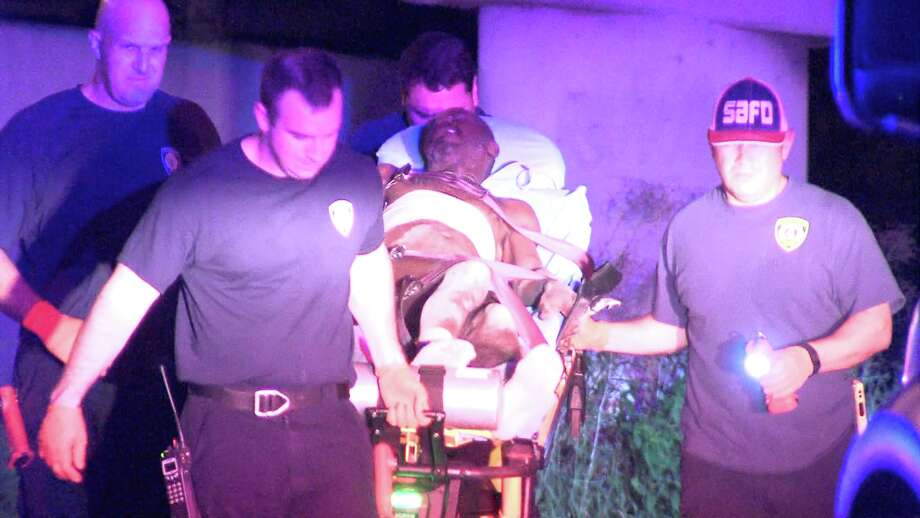 Police and paramedics responded to the scene around 1:30 a.m. on July 3, 2017, underneath Interstate 35 near Newell Avenue. Photo: Ken Branca