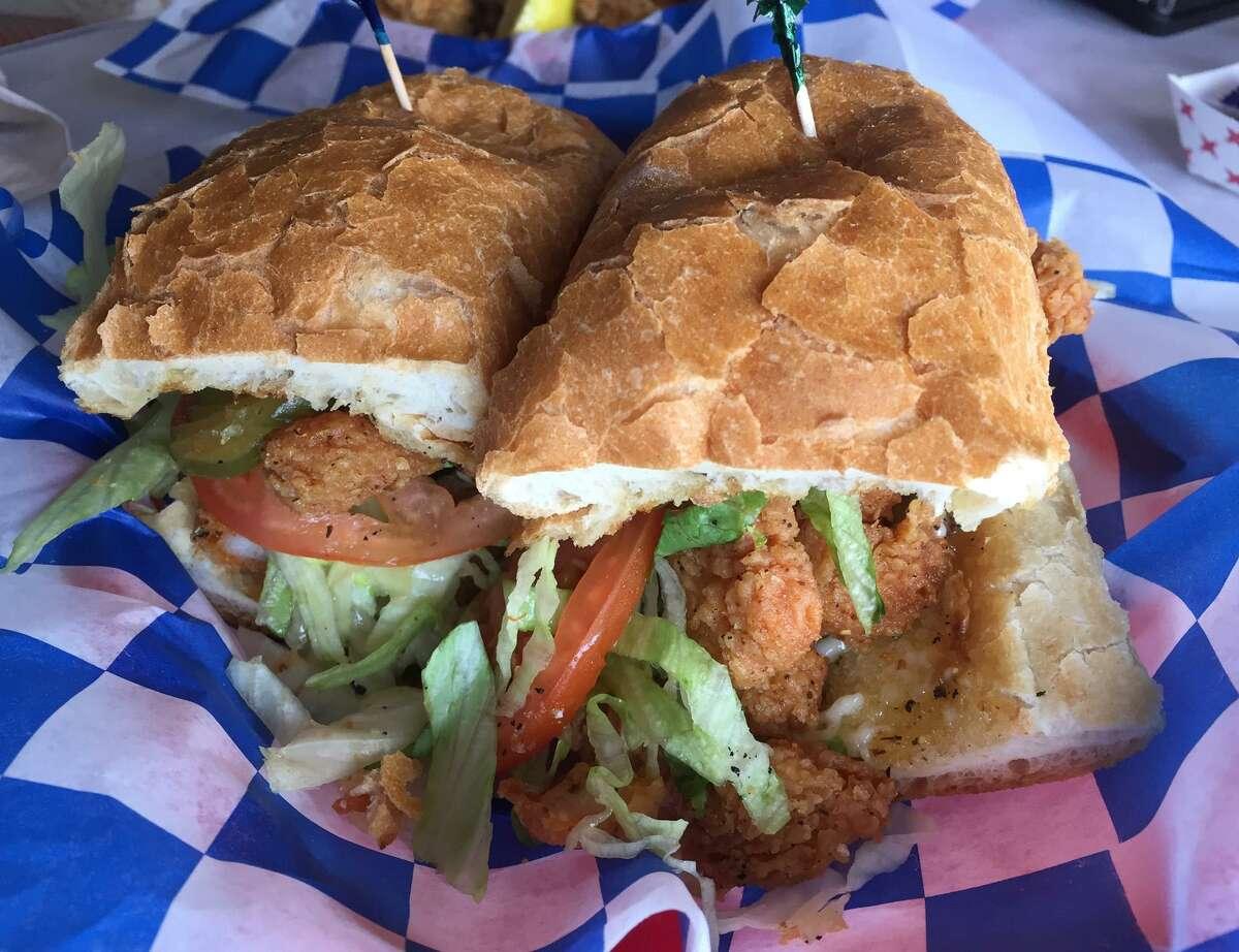 Shrimp po'boy sandwich at Smashin Crab.