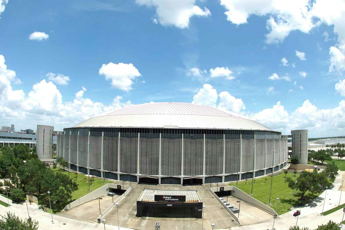 Reliant Astrodome Monday, June 14, 2010, in Houston. There are three options for the Astrodome's future; Reliant Park Plaza, which removes the dome and adds a fountain; Astrodome Multi-Purpose Facility, which includes gutting the dome and making it an intellectually stimulating facility for students; and Astrodome Renaissance, which the the same idea as the Facility only more stuff and more expensive. ( Nick de la Torre / Chronicle )