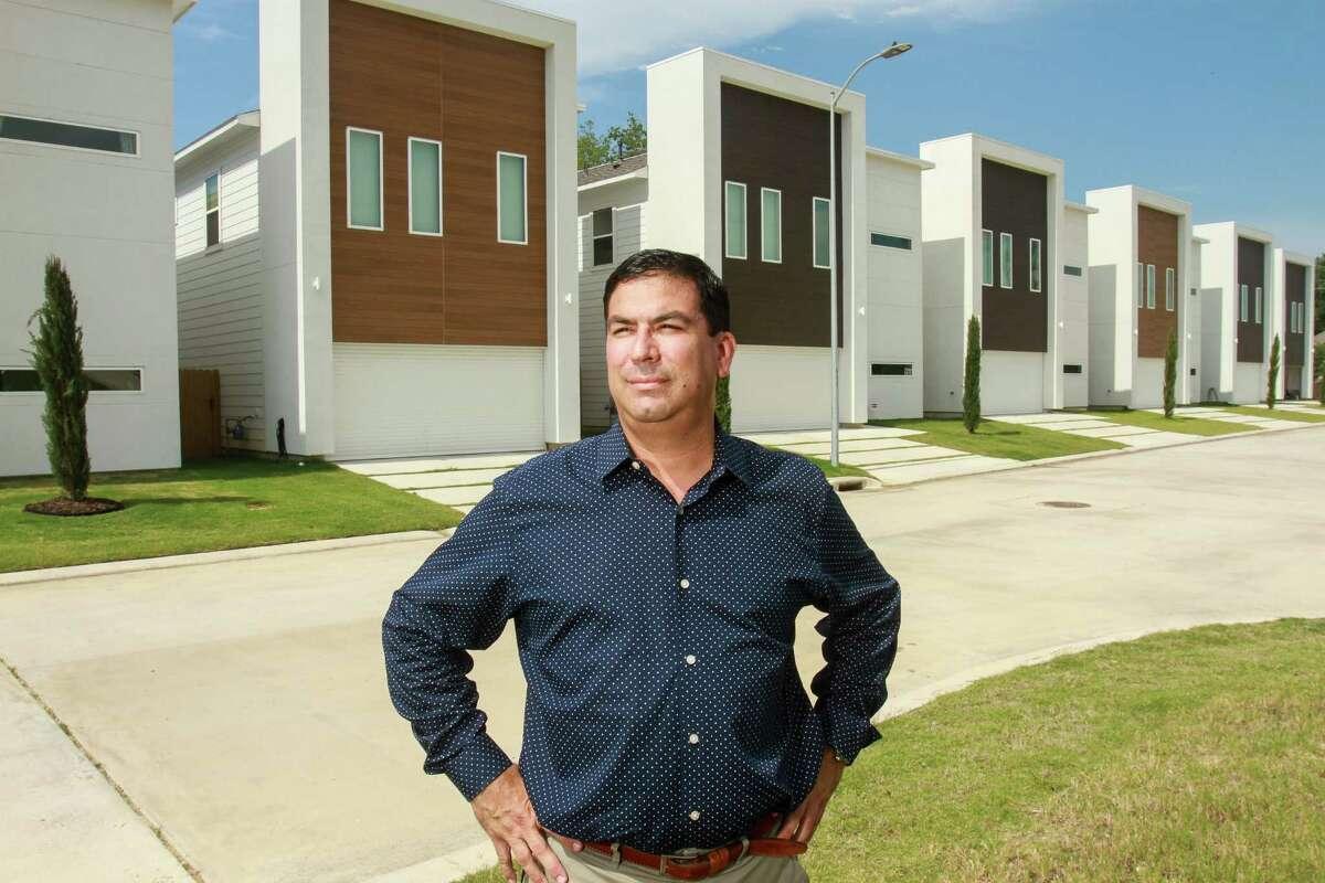 David Bohorquez of Contempo Builder, at the La Sierra development near Oak Forest. (For the Chronicle/Gary Fountain, June 29, 2017)