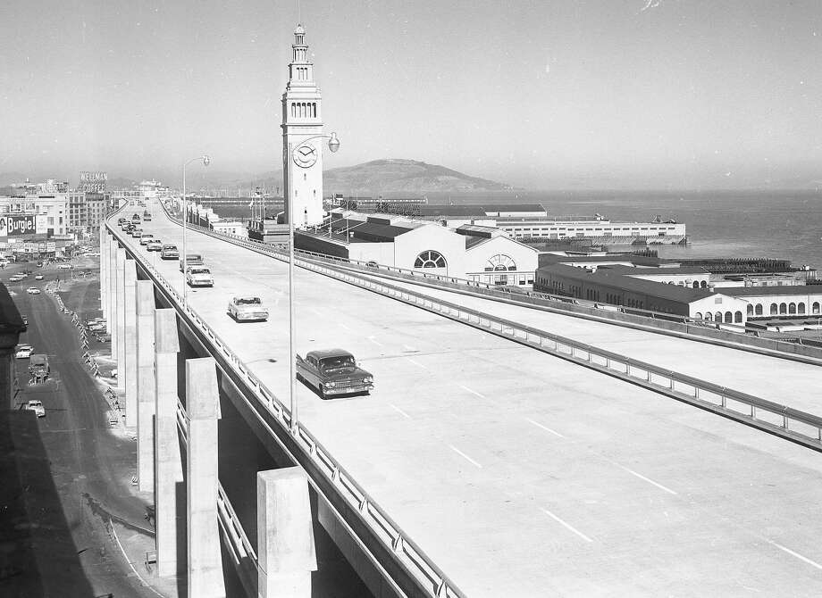 The 1.2-mile section of the Embarcadero Freeway from Howard to Broadway opened with little fanfare in February 1959. Photo: Ken McLaughlin, The Chronicle