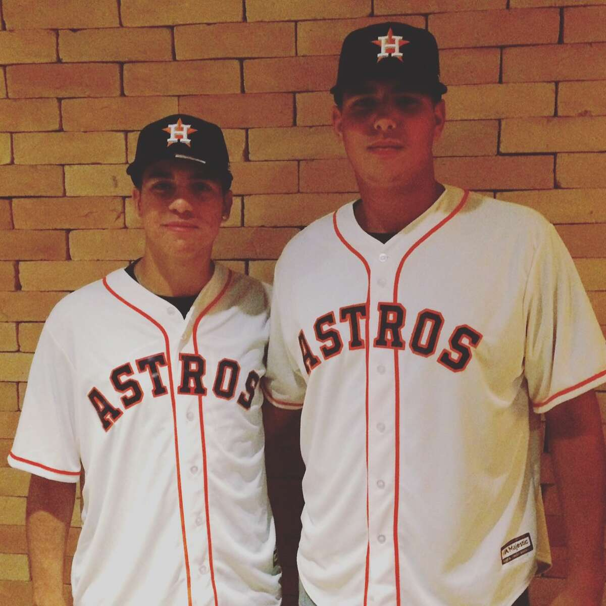 The Astros signed a couple Brazilians - Victor Mascai (left) and Heitor Tokar - on Monday.