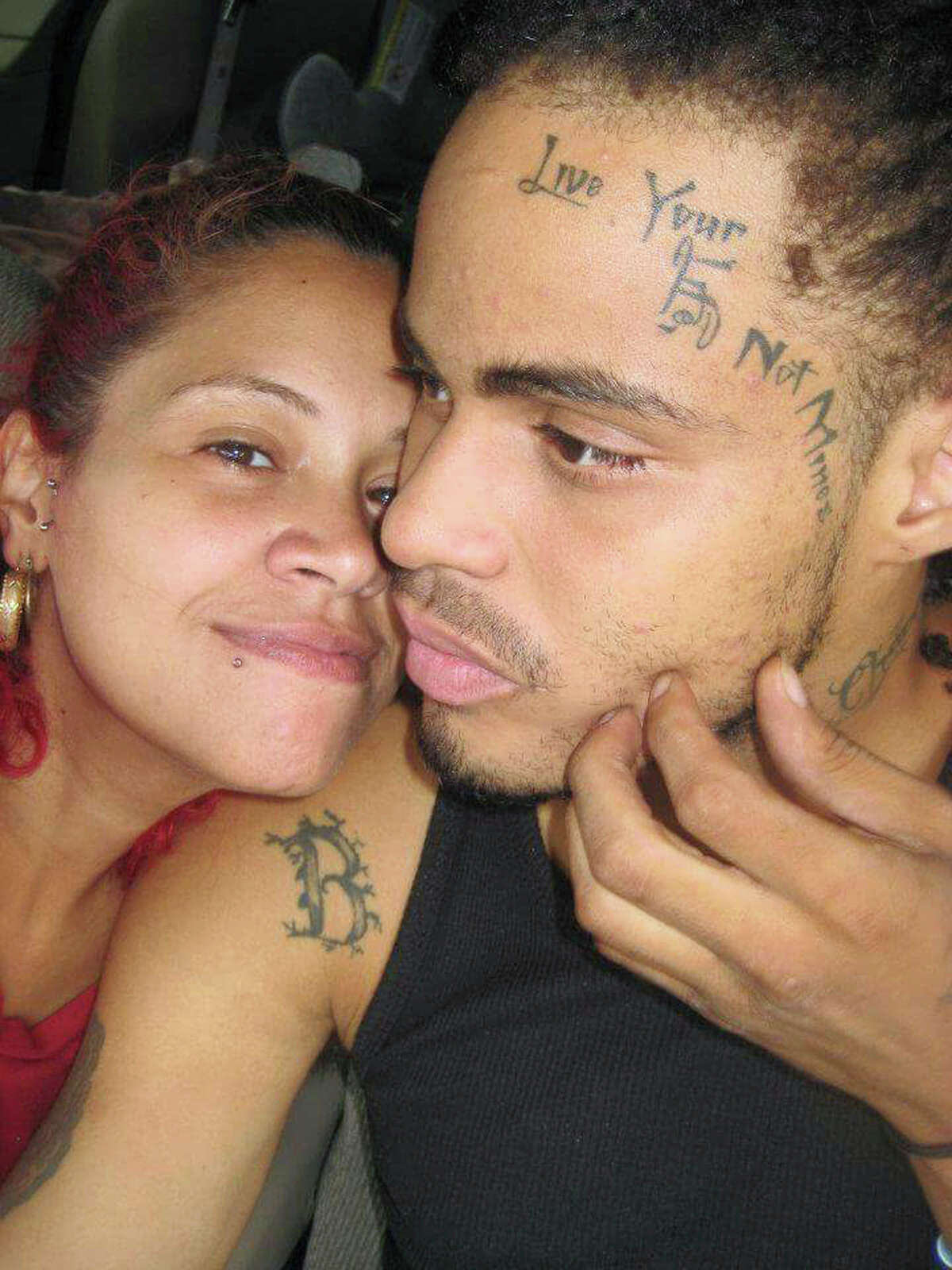 In this undated photo provided by Angelique Negroni-Kearse, Negroni-Kearse poses for a selfie with her husband, Andrew Kearse. Andrew Kearse died on May 11, 2017 after leading Schenectady, N.Y., police on a foot chase when stopped for a traffic violation. He complained of dizziness and difficulty breathing before losing consciousness while in police custody. (Angelique Negroni-Kearse via AP) ORG XMIT: NYR401