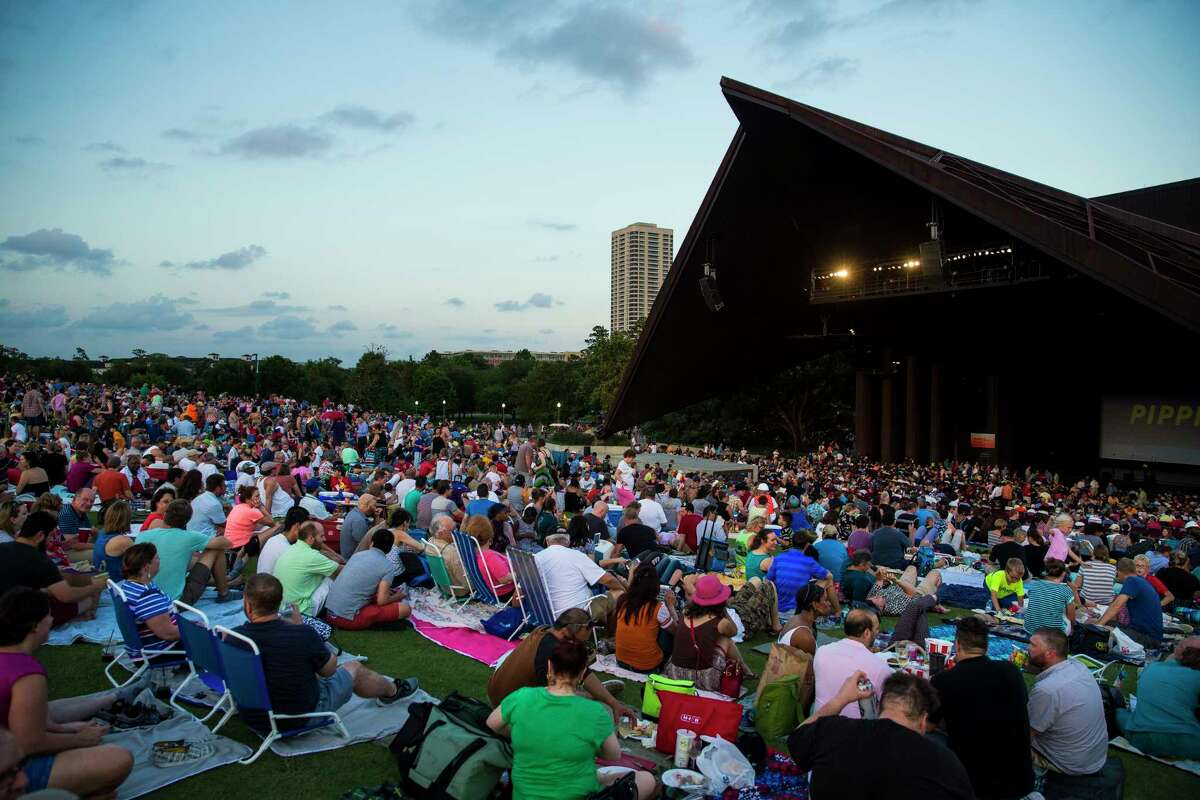 1. Instead of paying big bucks to watch plays and movies, catch free shows at the Miller OutdoorTheater. Pro tip: Get there early to get a good spot on the lawn See how else you can save money living in Houston...