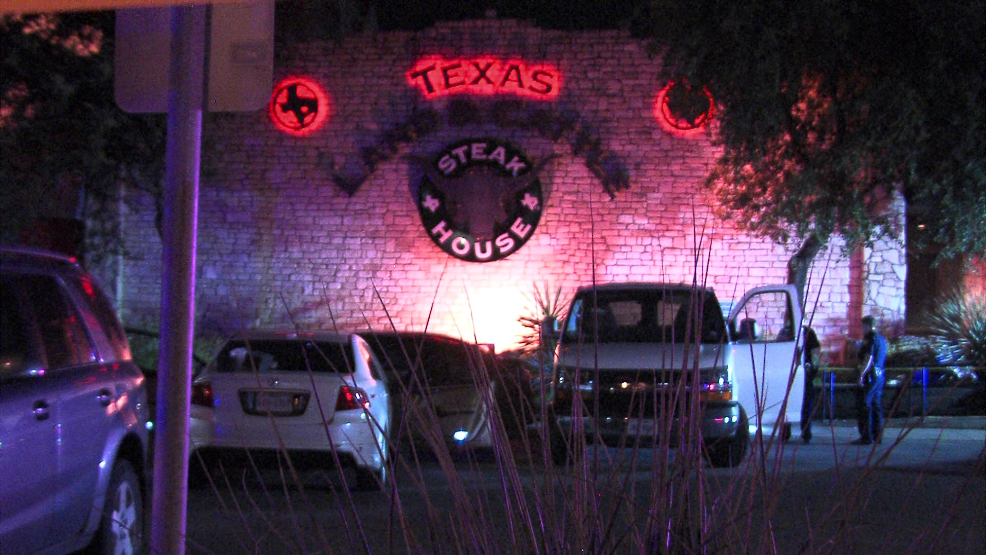 one dead after shooting near texas land and cattle steak house on