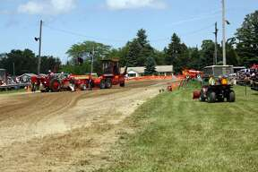 2017 Tractor Pull action in Port Hope