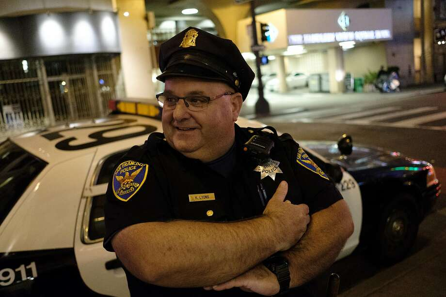 Officer Kevin Lyons was dismayed when police couldn't find any shelter space for a homeless woman and young child. Photo: Nick Otto, Special To The Chronicle