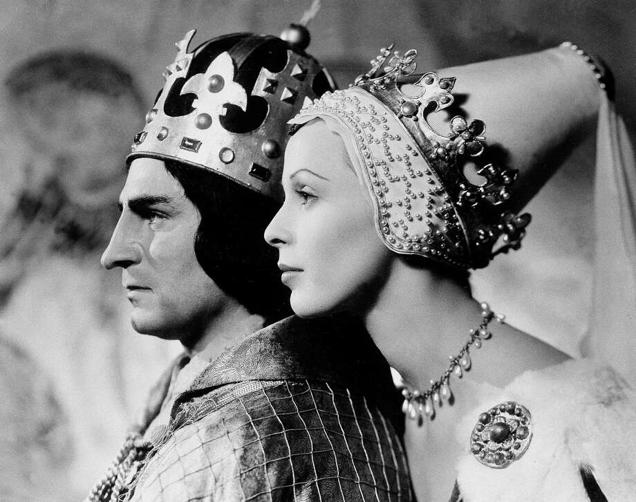 """Sir Laurence Olivier as King Richard III and Claire Bloom in the role of Lady Anne, later Richard's bride, as they appear in the film version of Shakespeare's """"Richard III"""" in 1956. Photo: AP / 1956 AP"""