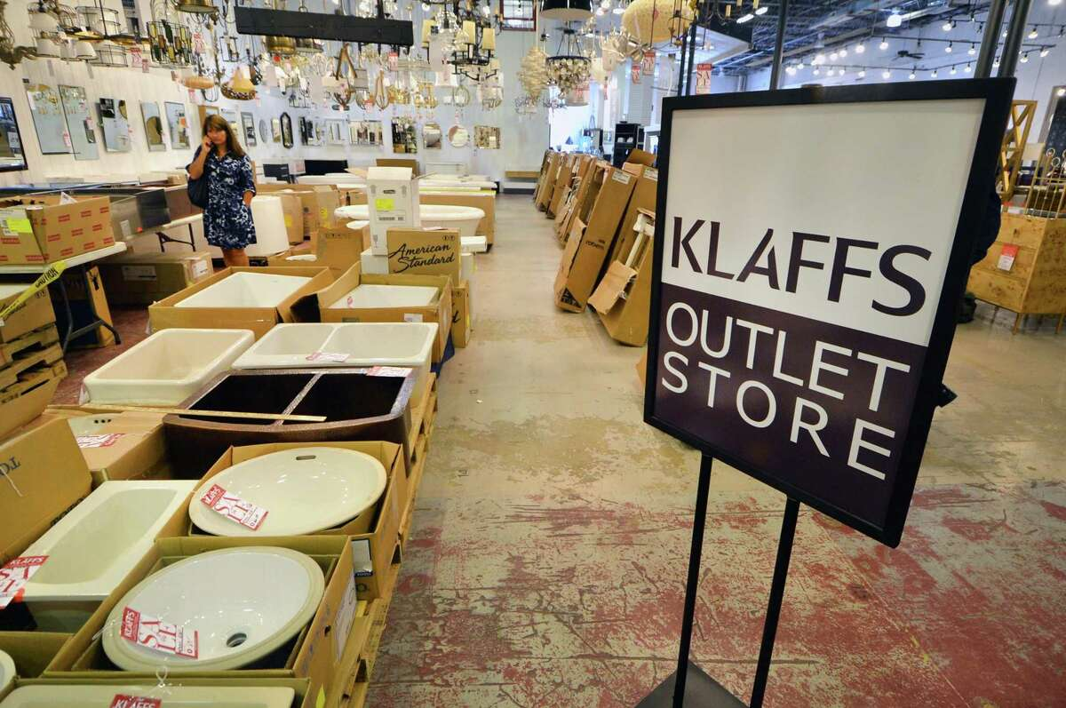 Klaff's outlet store inside the Lillian August SoNo Outlet store in South Norwalk, Conn., shortly after opening in September 2016.