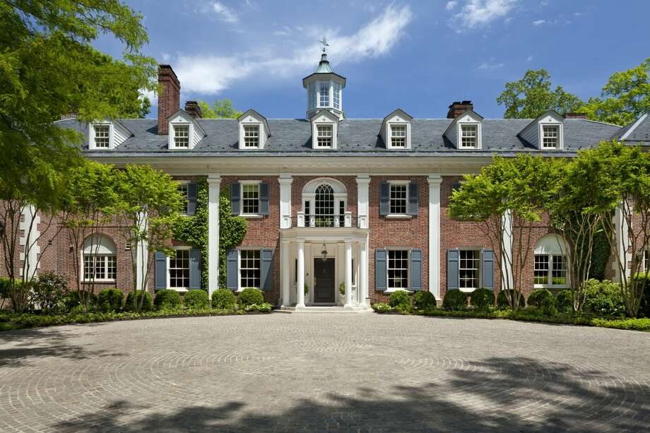 The Washington DC home where Jackie Kennedy grew up is on the market for $49.5M.toptenrealestatedeals.com Photo: Gordon Beall